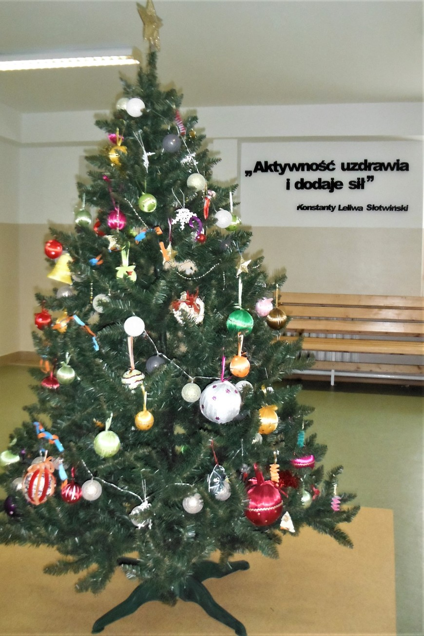 świąteczna Choinka Szkolna
